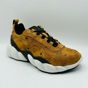 $595 MCM Men's Cognac Brown Visetos Leather Low-top Sneakers MEXASNX01CO