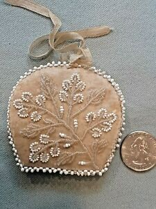 Antique English NEEDLE CASE Amazing Bead Work Silk Sewing Etui Hand made beads