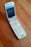 Sony Ericsson Z600 Klapphandy/Foldphone  in mystic-silver !