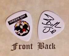 GREEN DAY band logo signature BILLY JOE guitar pick (Q)