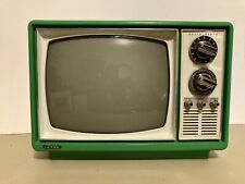 Vintage Green Quasar 1976 B&W Television TV XP3174NR - Tested & Working
