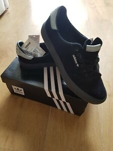 Adidas trainers 10.5 new