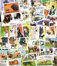 Chiens - Dogs 300 timbres différents oblitérés