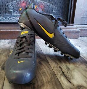 NIKE Soccer Cleats 311628-071, Black Size 10