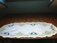 Napperon chemin de table ancien brodé de fleurs, Art déco, 112 cm x 40 cm N° 9