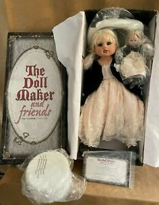 The Doll Maker and Friends Collector 74/500 cushion mini hat blonde hair Stoehr