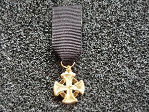 (A51-7) Luftschutz Ehrenzeichen Gold 1. StufeMiniatur Orden 57er