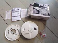 New KIDDE 900-0216 Smoke and Carbon Monoxide Alarm, Red LED, 12G546, (A52J)