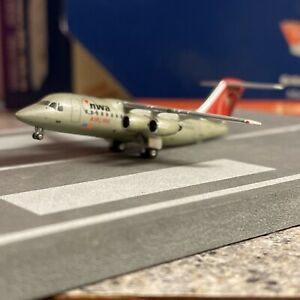 GJ 400 scale diecast model NWA AIRLINK BAe 146/ RJ85  Commercial Airliner N525XJ