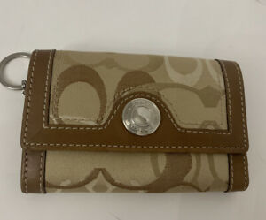 Authentic Coach  Vintage Brown Leather Signature Coin Card Wallet KeyChain Ring