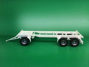Anhänger Fahrgestell lang 1:32 Bausatz (Farmworld Eigenbau)