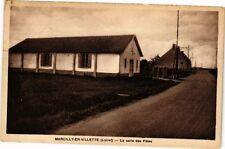 CPA Marcilly-en-Villette - La salle des Fetes (271350)