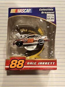 Dale Jarrett #88 - NASCAR Christmas Tree 2006 Collectible Ornament - NIB
