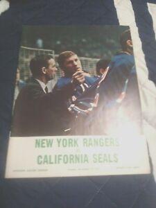 November 12,1967 California Seals vs. N.Y. Rangers program ex-nm (see scan)