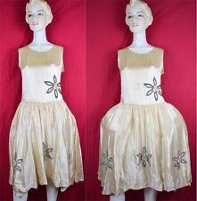 Robe de Style 20s Wedding Dress w Pannier Floral Bead Detail Silk Satin Flapper
