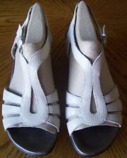 CLARKS LETHER SANDALS WHITE