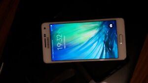 Samsung Galaxy A5 A520FU 16 GB White Bianco Grado A Usato COME NUOVO!!!