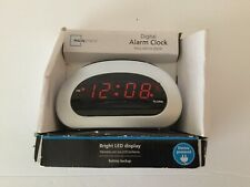 Mainstays Digital Alarm Clock Electric With Battery Backup Bright Red LED New
