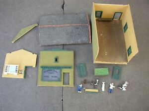 Barber Shop & Pool Room, Vintage Dyna-Model HO Scale Building Parts, As Is