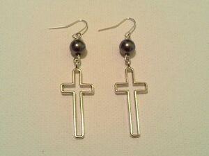 Hollow cross earrings