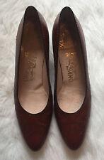 Salvatore Ferragamo Classic Pumps Brown Leather Women's Size 8 1/2 AA