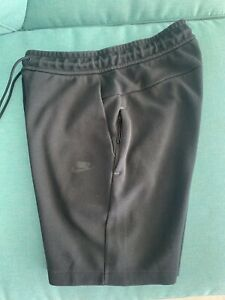 Nike Mens Tech Fleece Tracksuit Short | Size Small | Good Condition