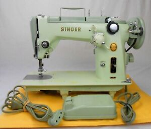 Singer Sewing Machine 319W ZigZag Green Vintage Pedal 1954