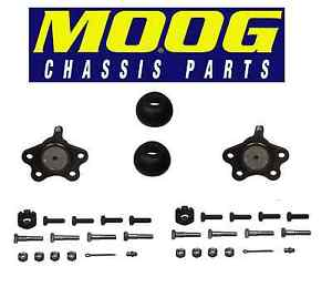 For GMC Savana C1500 Pair Set of 2 Front Upper Bolt-in Type Ball Joints Moog