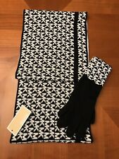 ⭐️SALE⭐️ Michael Kors Scarf & Gloves Set NWT