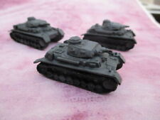 ONE 10mm WW2 German Panzer lV D Tank Painted Panzer Grey Rapid Fire  Wargames