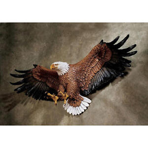 """Freedom's Pride American Eagle Hand Painted Design Toscano 31"""" Wall Sculpture"""
