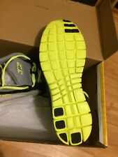 Men's 3N2 Performance Velo Runner Running Shoes 11.5 NIB gray black yellow