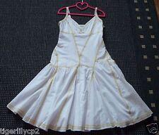 Witte gevoerde zomer jurk met gele stiksels ETAM Maat 38