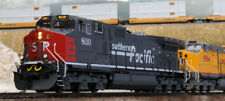 Kato 376630 HO Southern Pacific GE C44-9W Diesel Locomotive #8104 (gray, red)