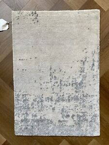 New Authentic Tufenkian Rug Handcrafted 100% Bamboo Silk - Summit White 2' X 3'