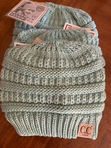 Kid's CC Messy Bun Beanie mint Color