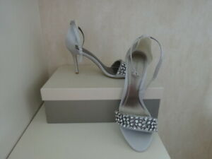 JACQUES VERT SILVER GREY SATIN ANKLE STRAP SHOES/SANDALS -SIZE 4 -NEW