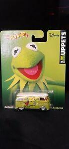 Hot Wheels The Muppets Kermit Volkswagen T1 Panel Bus