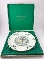 Vintage 1977 Royal Doulton MERRY CHRISTMAS bone china plate ice skaters w/ box