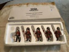 Yeoman of the Guard Dept 56 Heritage Village Accessory 58397 Christmas New