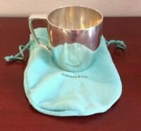 VINTAGE TIFFANY & CO MAKERS 20850 L STERLING SILVER BABY CUP. 181.47GRS