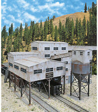 Walthers Cornerstone HO Scale Building/Structure Kit Diamond Coal Corp. Mine
