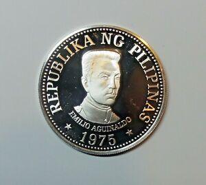 PHILIPPINES : SILVER 25 PISO 1975. UNC.  0.500 SILVER. KM 211