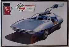 """AMT900 - Piranha """"Super Spy Car"""" Retro Deluxe 1/25 Scale Model Kit"""