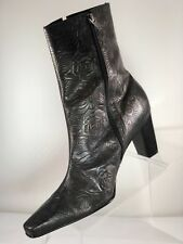 Tabita Floral Tooled Leather Womens Metalic Zipper Ankle Boot Shoes Sz 9M Brazil