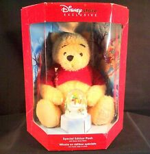WINNIE THE POOH  NIB DISNEY STORE EXCLUSIVE ORIGINAL CLASSIC SNOW GLOBE TOY DOLL