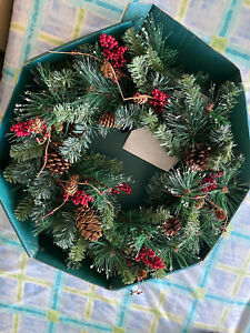 Boxed Christmas Wreath Berries Pine Cones Bows Vintage Decoration with Lights