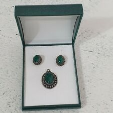 925 Sterling Silver Vintage Green Gemstone Jade Earrings Pendant Set Chapelle
