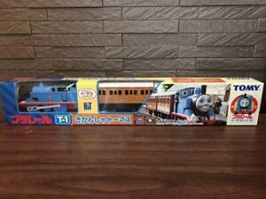 TOMY Plarail Thomas & Friends Series Thomas Trackmaster Train T-1 Rare with Box