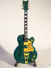 Guitare miniature Gretsch-Irish Falcon de Bono-U2
